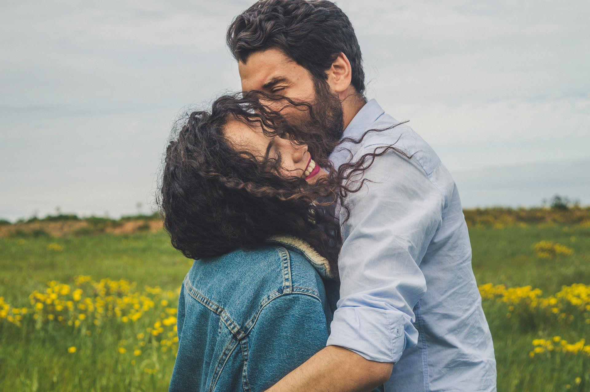 couple-4565429_1920